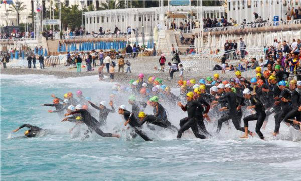 L'épreuve de la natation.. mieux vaut être bien équipé !