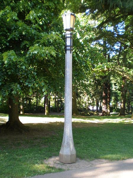 Lampadaire de parc