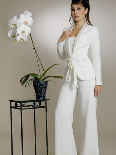 mariée peut-elle porter un tailleur