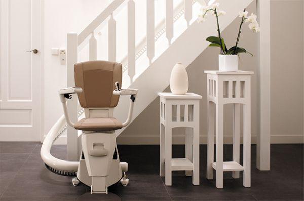 achat de monte escalier les subventions possibles. Black Bedroom Furniture Sets. Home Design Ideas