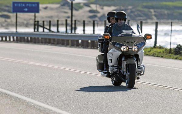 Confort et sécurité pour vos déplacements en taxi moto Paris