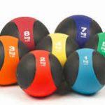 La medecine ball, qu'est-ce que c'est et comment l'utiliser?