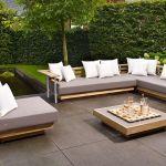 Salon de jardin en teck : comment restaurer ses meubles outdoor ?