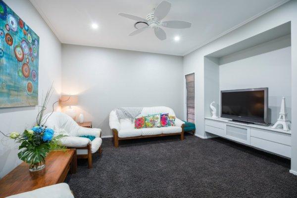 Ventilateur de salon : sur pied, à colonne ou ventilateur de plafond?